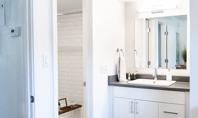 Bathroom, 32 Arcadia, 2