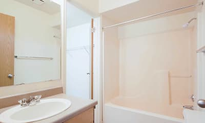 Bathroom, Turnberry Of Holladay, 2