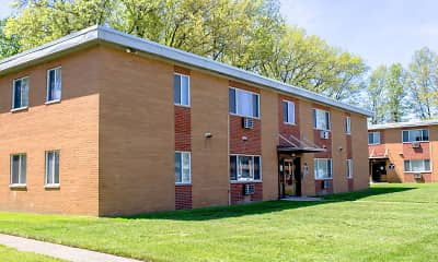 Eastlake Terrace & Maple Park Apartments, 1