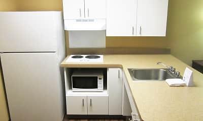 Kitchen, Furnished Studio - Raleigh - North Raleigh, 1