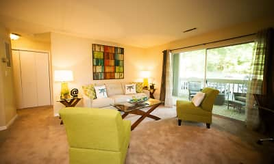 Living Room, Highland Oaks, 0