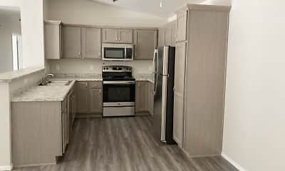 Kitchen, Pleasant Drive Estates, 0