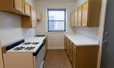 Kitchen, 5053 Ellis Avenue, 1