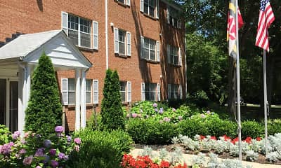Landscaping, Harford Village South, 1