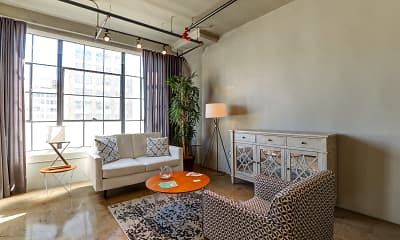 Maxfield Lofts, 1
