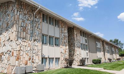 Building, Stone Lodge Apartments, 0
