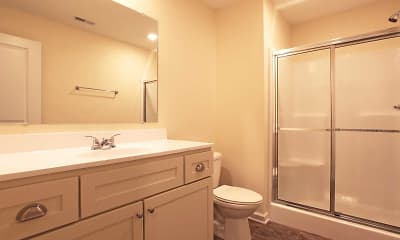 Bathroom, Ryder Downs Apartments, 2