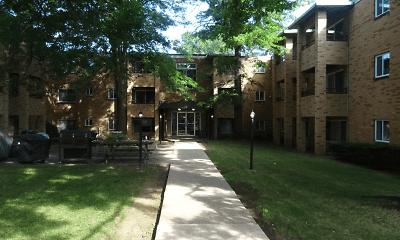 Building, Shamrock Apartments, 2