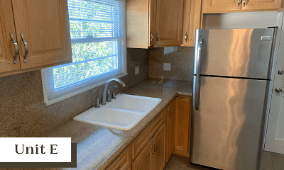 Kitchen, 3232 Broadway, 2