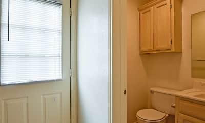 Bathroom, Danubia Apartments, 2
