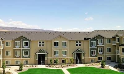 Building, Courtyard 465, 1