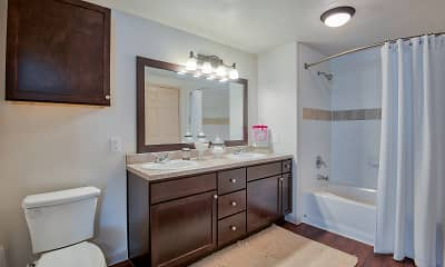 Bathroom, The Waterford at Summer Park, 2