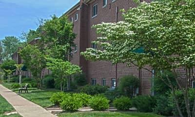 Building, Crain Court, 2