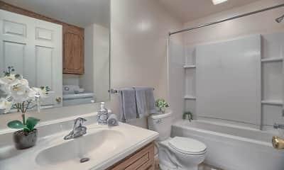Bathroom, Colonial - Fulton Manor, 2