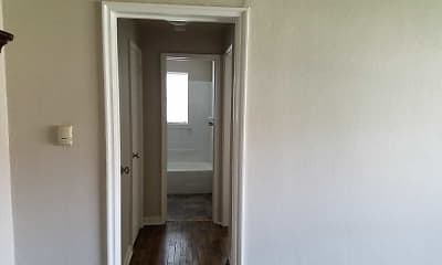 Foyer, Entryway, Plaza Hill Manor Apartments, 2