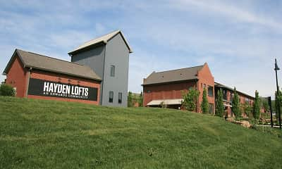 yard with an expansive lawn, Hayden Lofts, 2