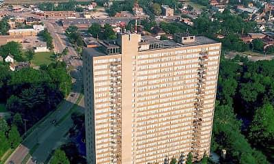 Lake Park Tower Apartments, 0