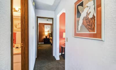 Bedroom, Summerhill Pointe Apartments, 1