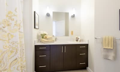 Bathroom, Cottonwood One Upland, 2