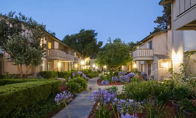 view of yard, Appletree Apartments, 0