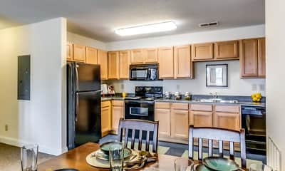 Kitchen, Verge Greeley - Per Bed Lease, 1