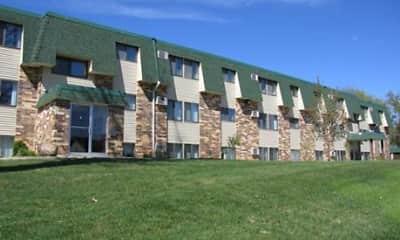 Building, Oak Place Apartments, 2