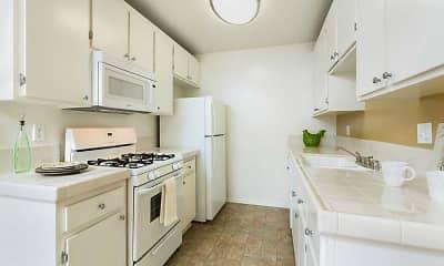 Kitchen, eaves Cerritos, 1