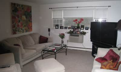 Living Room, Grafton Colonial Apartments, 1