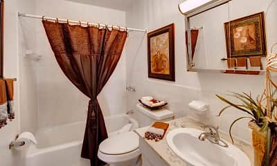 Bathroom, Kings Gate West Apartments, 2