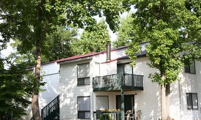 Thickett Apartments, 1