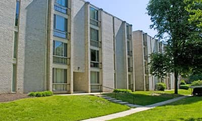Hampshire West Apartment Homes, 1