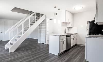Kitchen, Pepperwood Apartments And Townhomes, 0