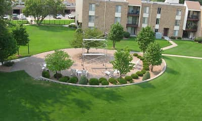 Landscaping, Silver Oaks Court Apartments, 1