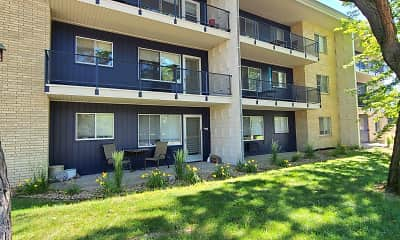 Imperial Heights Apartments, 1