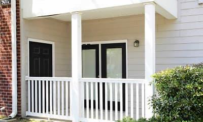 Patio / Deck, Cross Creek Apartments, 2