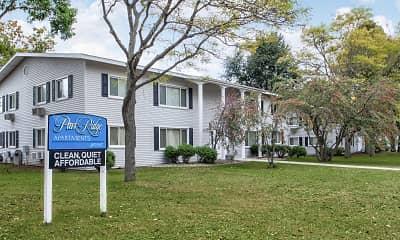 Building, Park Ridge Apartments, 0