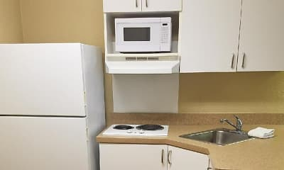 Kitchen, Furnished Studio - Roanoke - Airport, 1