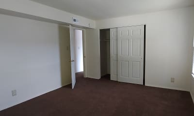 Bedroom, Sandy Ridge Apartments, 2