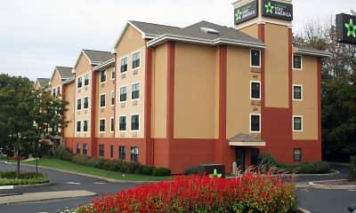 Building, Furnished Studio - Pittsburgh - West Mifflin, 1