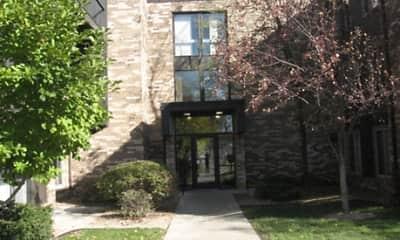 Building, Riverview Manor Apartments, 1