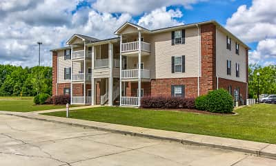 Building, Dillon Trace Apartments, 1