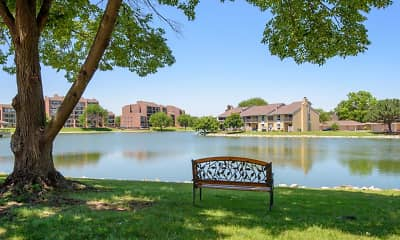 Regency Lakeside Apartment Homes, 1