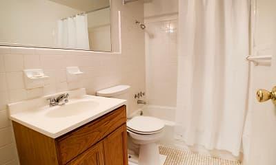 Bathroom, Barkley Ridge, 2