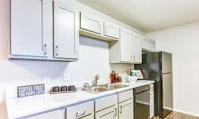 Kitchen, Oaks at Creekside Apartments, 0