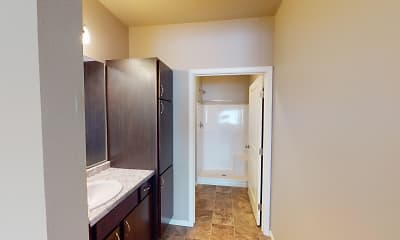 Bathroom, StoneMill Pond Apartments, 2
