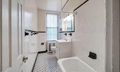 Bathroom, 2701 Connecticut Avenue, 2