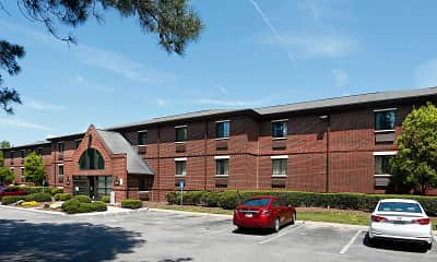 Building, Furnished Studio - Raleigh - Cary - Harrison Ave., 0