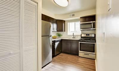 Kitchen, Glen Ridge Apartment Homes, 1