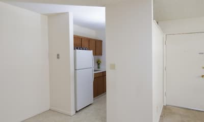 Dining Room, Seminole Apartments, 2