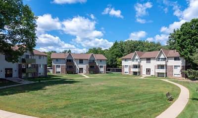 Castle Pointe Apartments, 2